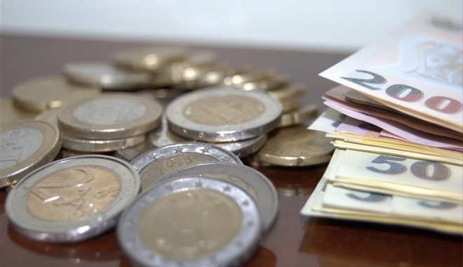 Foto: Euro a câștigat 0,09% în lupta cu leul. Iată cotaţia zilei