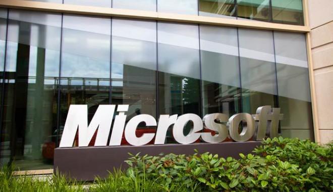 Foto: Samsung, dată în judecată de Microsoft