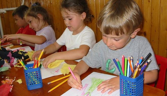 Foto: În aprilie vom afla copiii respinşi în clasa I