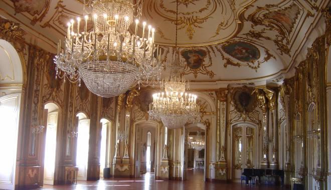 Galerie FOTO / Cum va arăta Cazinoul din Constanţa după reabilitare: vor fi cafenele şi sală de bal - 1-1431321842.jpg