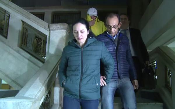Foto: Percheziţii / Soţul Alinei Bica, dus la audieri pentru evaziune fiscală