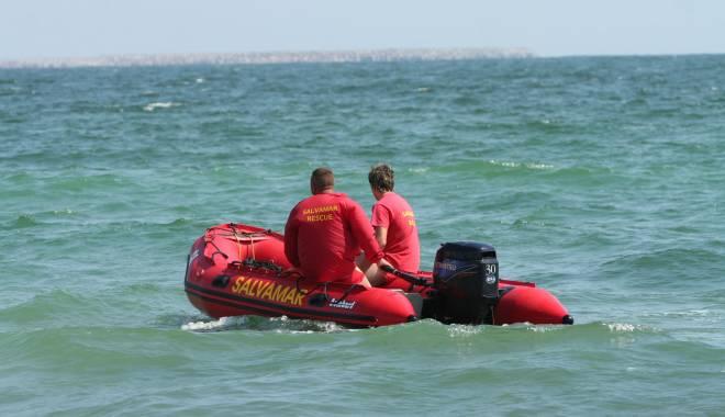 Foto: Turist dispărut în mare, la Costineşti