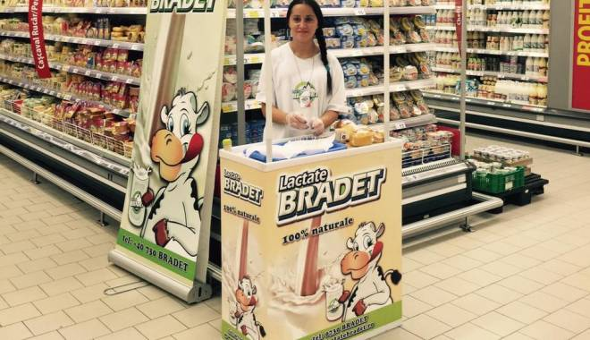 Foto: Liber la Danone şi Muller? Preferăm lactatele Brădet!