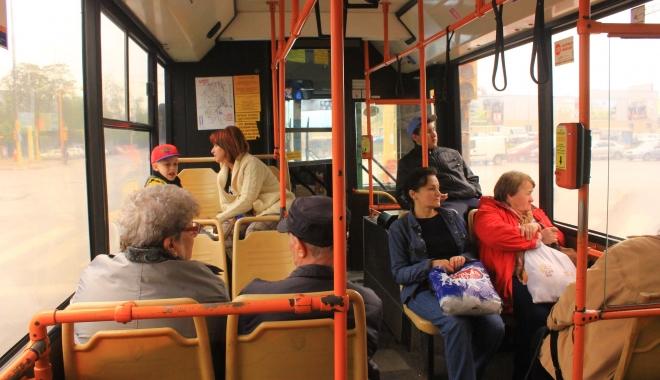 Foto: Constănţenii cu salariul minim pe economie, gratuitate pe autobuzele RATC