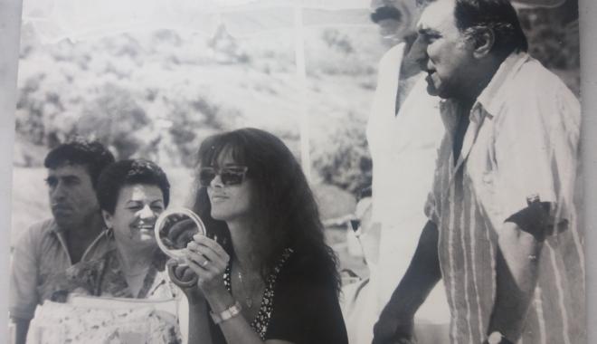 """Foto: Arhiva de Aur """"Cuget Liber"""". Amintiri cu trei mari artişti: Mădălina Manole, Jean Constantin şi Gioni Dimitriu"""