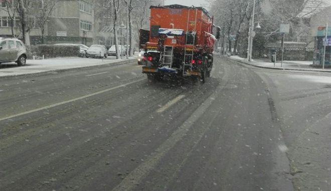 IARNA LA CONSTANŢA / Va continua să ningă! Autorităţile iau măsuri - 1-1518344404.jpg