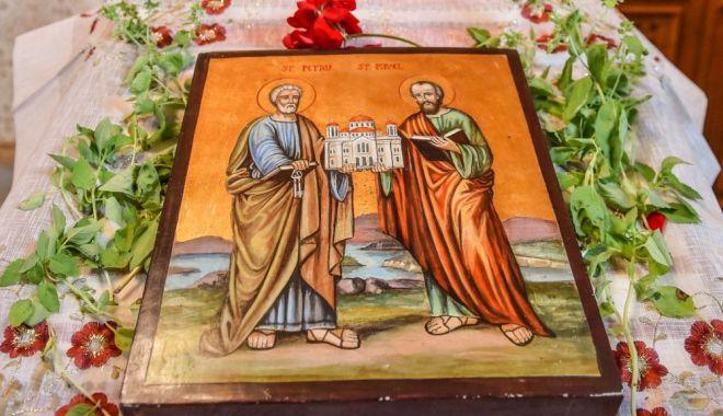 Sfinții Petru și Pavel, cinstiți de Biserica Ortodoxă - 1-1593344350.jpg