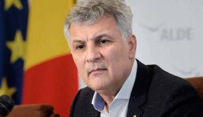 Daniel Zamfir va depune o plângere penală la adresa ministrului Finanțelor Publice. Iată motivul - 1-1593438989.jpg