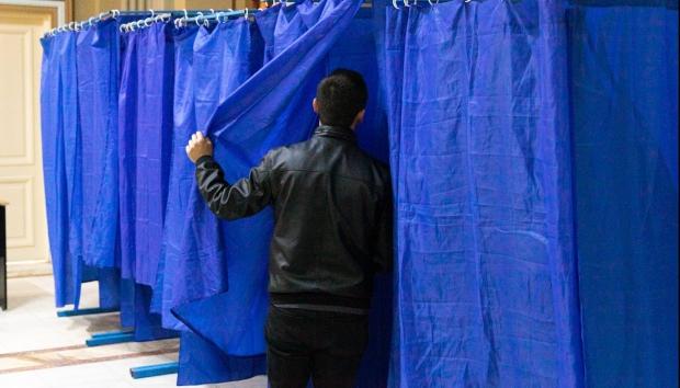 USR-PLUS critică proiectul privind organizarea alegerile locale: Vor fi cozi la secțiile de votare - 1-1594216292.jpg