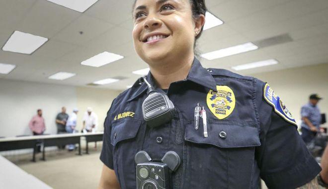 Foto: Dispozitive de tip bodycam pentru mii de polițiști. Misiunile din stradă se vor înregistra!