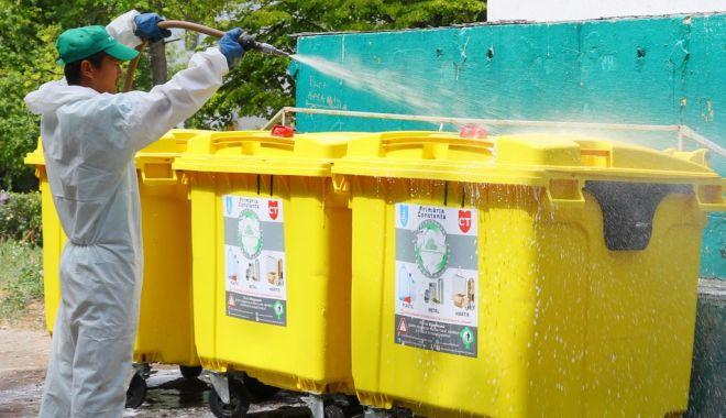 Foto: În ce zone se acționează astăzi pentru dezinfecția platformelor de deșeuri