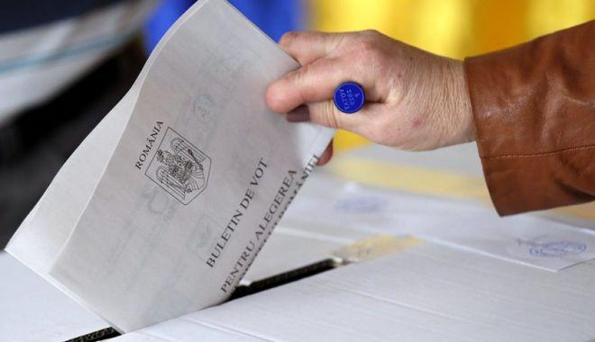 Alegătorii cu febră de peste 37,3 de grade vor vota într-o cabină specială - 1-1600264191.jpg