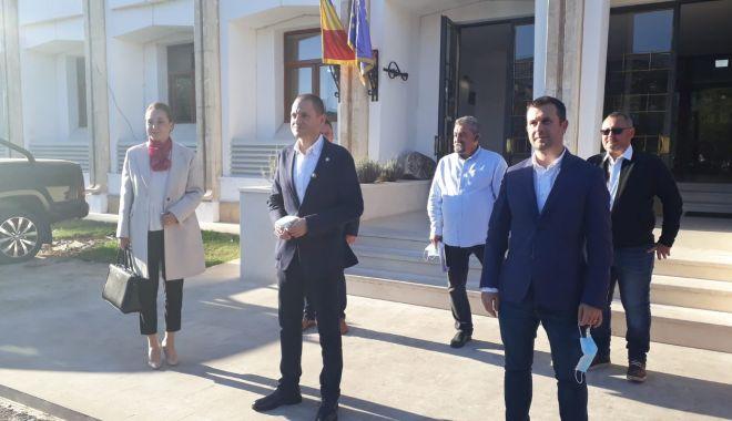 PRO România a depus dosarele pentru alegerile parlamentare - 1-1603374019.jpg