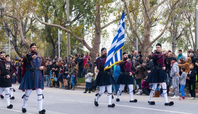 Republica Elenă sărbătorește cea de a doua Zi Națională - 1-1603726142.jpg