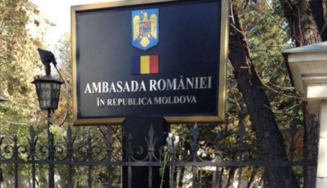Secţia consulară a Ambasadei României din Chişinău îşi suspendă activitatea - 1-1606154092.jpg