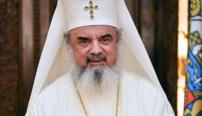 Patriarhul Daniel: Unirea s-a realizat pentru că a fost pregătită spiritual şi jertfelnic - 1-1606829120.jpg