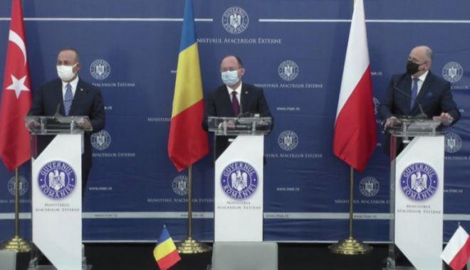 Bogdan Aurescu: Ne dorim ca NATO să devină mai puternic din punct de vedere politic și militar - 1-1619170565.jpg