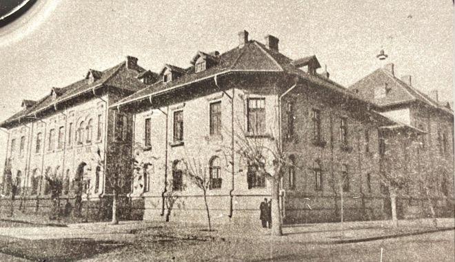 """Colegiul Național """"Mircea cel Bătrân"""" aniversează 125 de ani. Repere istorice ale polului elitei intelectuale a Dobrogei - 1-1621534701.jpg"""