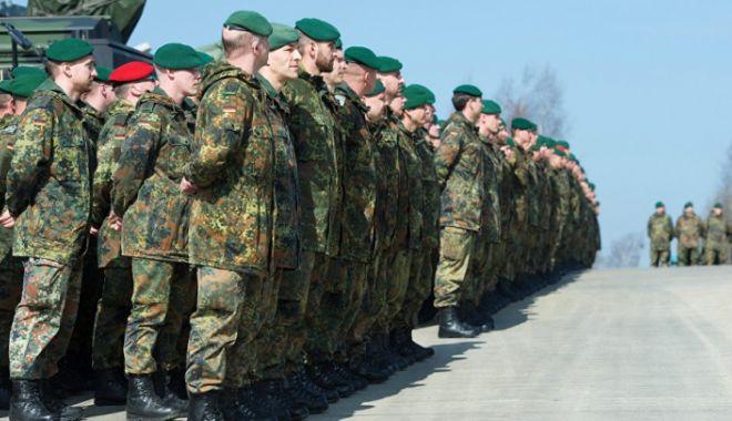 Foto: Der Spiegel: Armata germană vrea să recruteze ROMÂNI pentru a acoperi deficitul de personal