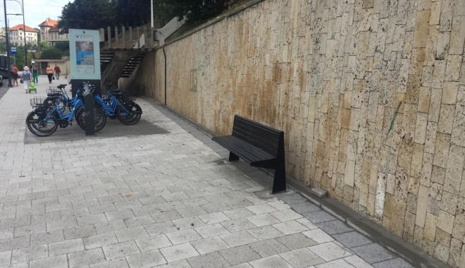 Bănci noi în Constanța! Cei care vandalizează mobilierul, în vizor - 11-1562933568.jpg