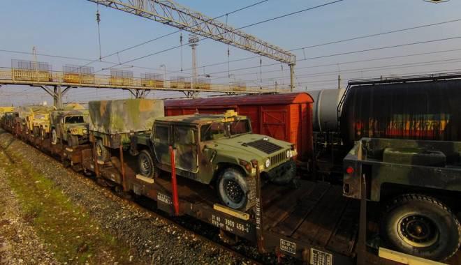 Foto: Maşini blindate de război ale americanilor, la Constanţa