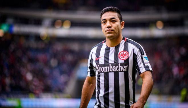 Foto: Fenerbahce Istanbul a anulat transferul mijlocaşului mexican Marco Fabian, după vizita medicală