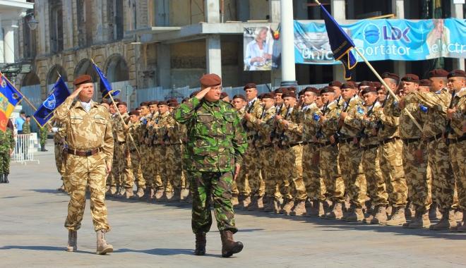 Foto: 25 octombrie, Ziua Armatei Române. Mihai Fifor: Un reper pentru întreaga naţiune