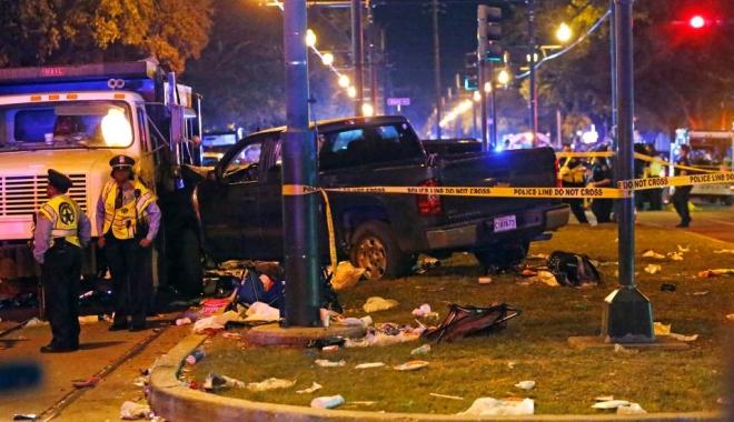 Accident teribil. Un camion a intrat în mulţime. 28 de persoane au fost rănite. FOTO - 12-1488096439.jpg