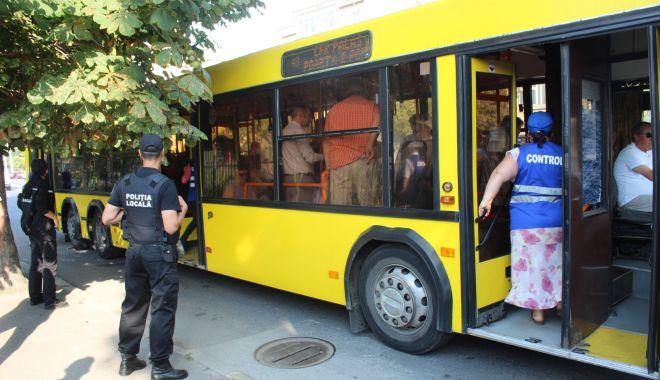 Controale și amenzi pe bandă rulantă, în autobuzele RATC - 12-1567511906.jpg
