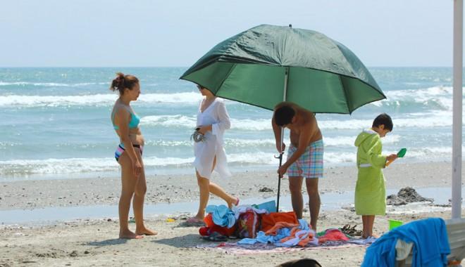 120.000 de turiști au invadat litoralul românesc - Galerie FOTO - 120000turisti3-1407081997.jpg