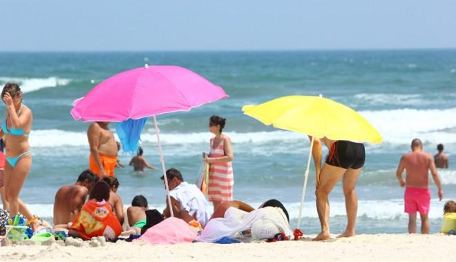 120.000 de turiști au invadat litoralul românesc - Galerie FOTO - 120000turisti6-1407082286.jpg