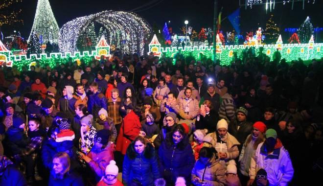 Foto: Imagini de basm în comuna Peştera. S-a dat startul sărbătorilor