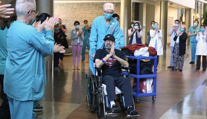 Foto: A stat două luni în spital, bolnav de Covid-19, și a primit factura spitalizării de 1,1 milioane de dolari