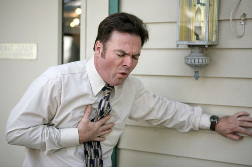 Foto: Primul ajutor în cazul unui infarct