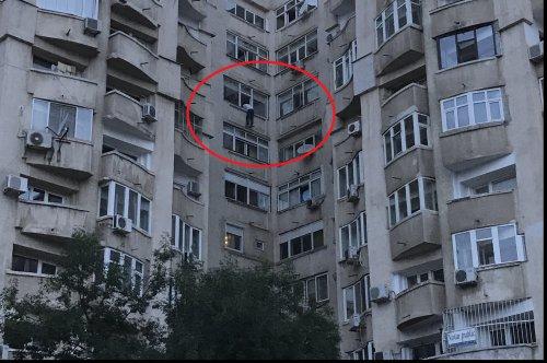 Foto: A amenințat că se aruncă de la etajul 6 dacă Dragnea nu e eliberat