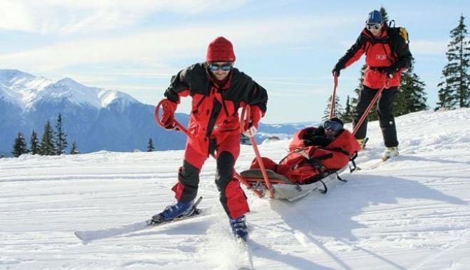Foto: Alpinişti daţi dispăruţi în Munții Retezat. Căutările, oprite din cauza viscolului