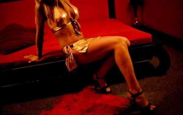 Foto: O reţea de prostituţie cu minore a fost anihilată! Opt persoane sunt reţinute!