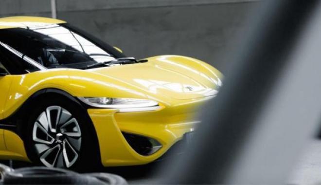 GALERIE FOTO / A apărut prima maşină sport care funcţionează cu apă sărată - 139522100-1476540288.jpg