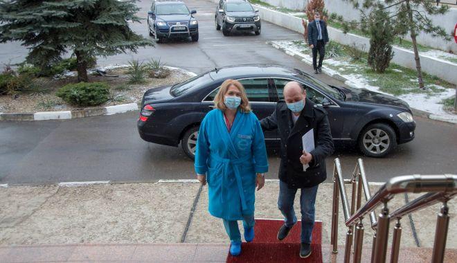 GALERIE FOTO / Traian Băsescu s-a vaccinat - 13963689852103926023119252412085-1610811789.jpg