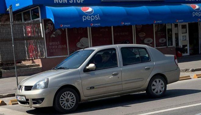 GALERIE FOTO / Accident rutier pe o arteră importantă a Constanței. O femeie a fost rănită - 13aprlapusneanuaccid1-1618312754.jpg