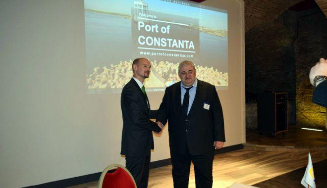Foto: 13 țări și-au trimis reprezentanții la Ziua Portului Constanța la Krems (Austria)