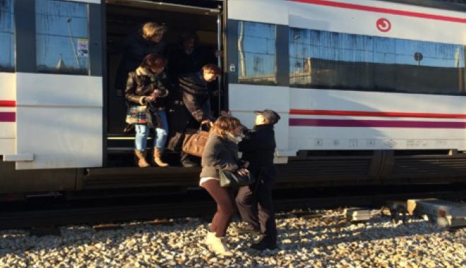 Foto: ALERTĂ, BOMBĂ! Un tren pe ruta Varşovia-Berlin, evacuat