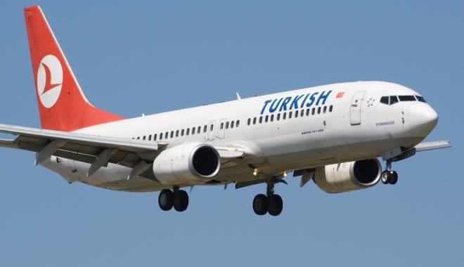 Foto: Alertă cu bombă! Clipe de groază pentru pasagerii unei avion Turkish Airlines