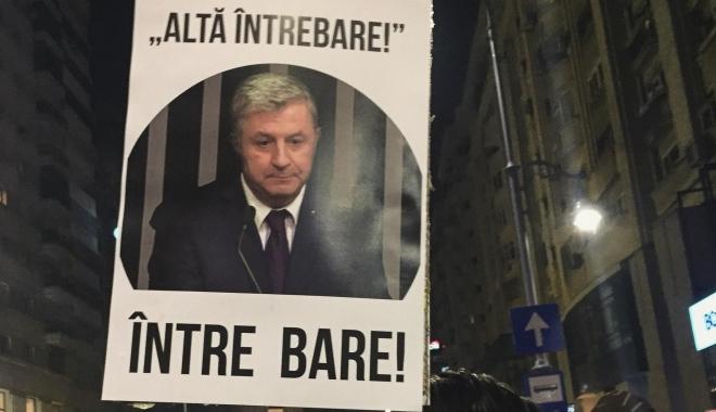 IMAGINEA CARE VA RĂMÂNE ÎN ISTORIE / Ministrul