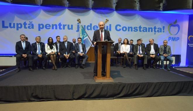 """Foto: Mesaj pentru electoratul PMP, de la Constanţa: """"De la Dunăre la Nistru, Băsescu să fie prim-ministru"""""""