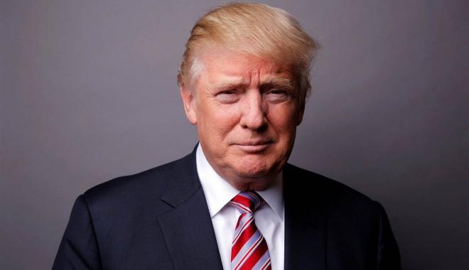 Foto: Trump a semnat actul de retragere a SUA din Parteneriatul Trans-Pacific