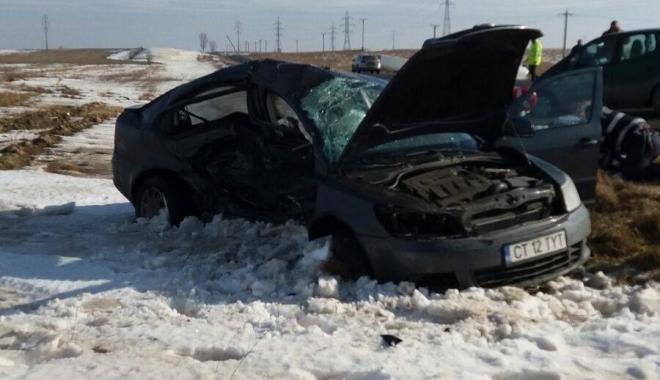 Foto: GALERIE FOTO-VIDEO. Imagini de groază. Accident devastator. O persoană a decedat