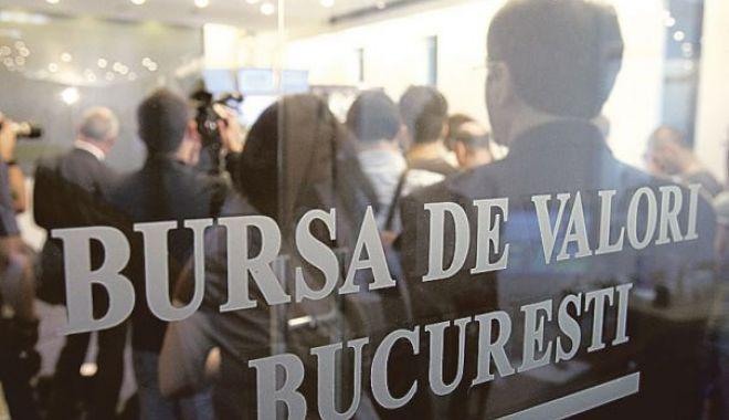 """Foto: """"Taxa pe lăcomie"""" a generat haos la Bursa de Valori București. Două bănci mari, în picaj"""