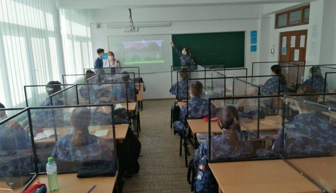 """16 elevi de la Colegiul Naţional Militar """"Alexandru Ioan Cuza"""", confirmaţi cu COVID. Şase sunt internaţi în spital - 16elevi-1614959770.jpg"""
