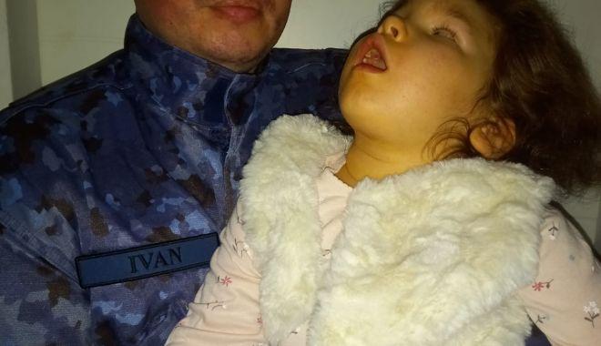 BOLI GRELE umbresc copilăria unei fetițe. Este nevoie de ajutor pentru TERAPII DE RECUPERARE! - 16maifetitamilitar-1621160590.jpg